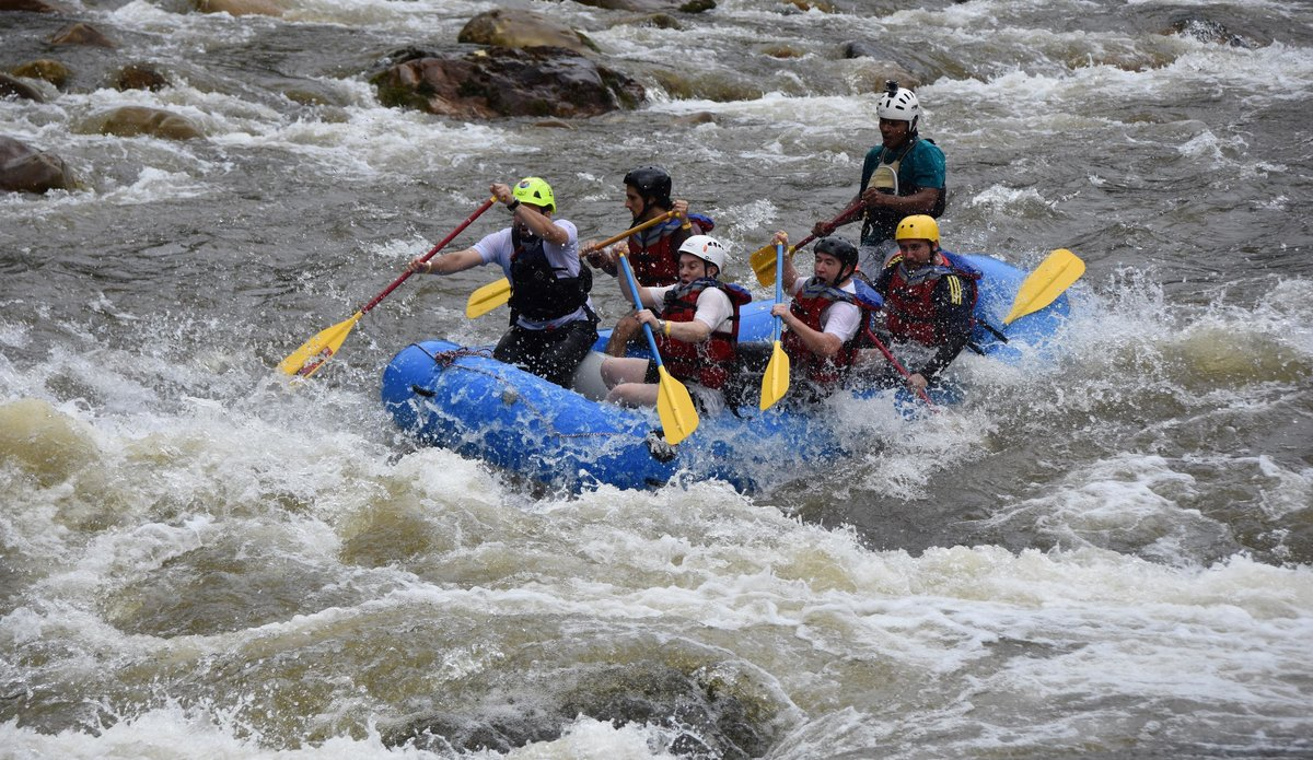 Former FARC-EP combatants certified as rafting guides in the Amazon