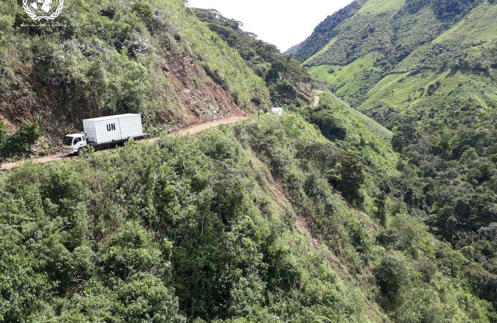 Desplazamiento contenedor Misión de la ONU en Colombia desde Santa Lucía, Antioquia.