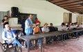 Diálogo de diputados con la comunidad de Llano Grande
