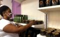 Con mensaje de reconciliación, mujeres excombatientes de Farc inauguraron mercado en Medellín